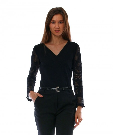 D.EXTERIOR BLACK KNIT WITH LONG SLEEVES 52345